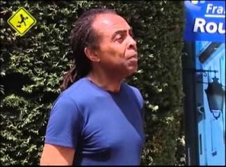 Moleque de Rua com Gilberto Gil – Asa Branca com as mangueira Perpignan France