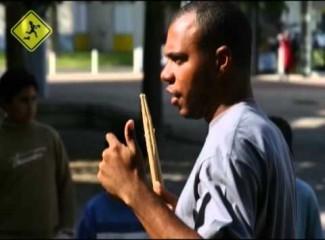 videomoleque-de-rua-no-ano-do-brasil-na-franca-2005