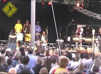 Moleque de Rua – Tema de Percussão Aarhus Festival Denmark 2002 Dinamarca